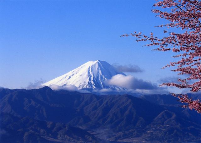 保健農園ホテル フフ山梨からの富士